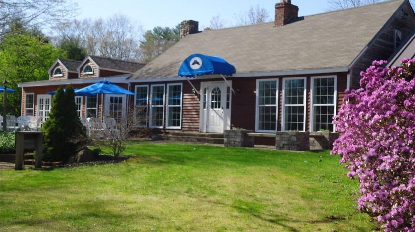 557 Coles Hill Road Wells, Maine, Merriland cafe for sale