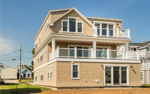 For sale Beach House 475 Webhannet Drive Wells, Maine