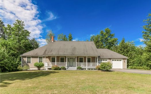 32 Deerfield Road North Berwick, Maine Home for sale