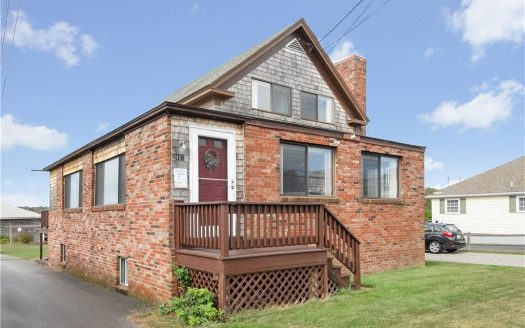 102 Atlantic Avenue Wells, Maine for sale
