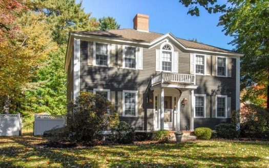 For Sale Beautiful Colonial, 105 Pennacook Circle Wells, Maine